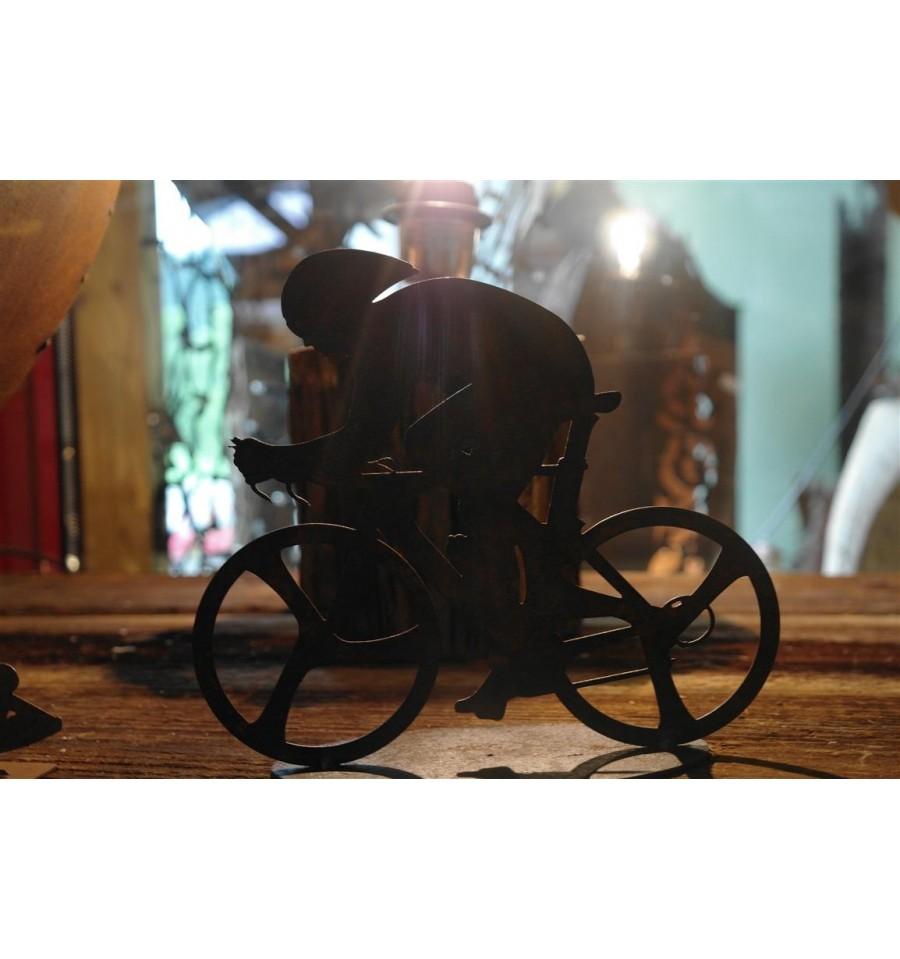 fahrradfahrer rennrad menschen und silhouettenmetalldesign metallmichl aus edelrost rostdeko. Black Bedroom Furniture Sets. Home Design Ideas
