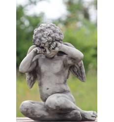 """Steinguss Engel """"CALLIEL"""" sitzend, Höhe 43 cm - weinende Engelfigur Engel fürs Grab"""