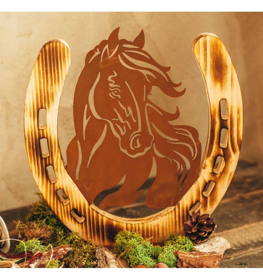 Edelrost pferdeportrait mit hufeisen aus holz 31 cm hoch - Hufeisen aus holz ...
