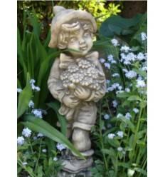 Steingussjunge  'Ferdinand' mit Blumenstrauß, Höhe 40 cm