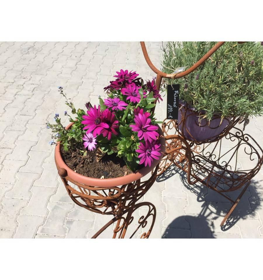 xxl deko fahrrad 112 cm hoch mit 3 k rben zum bepflanzen. Black Bedroom Furniture Sets. Home Design Ideas