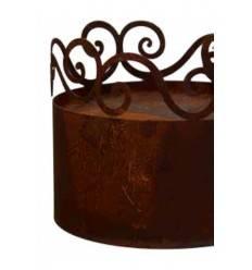 Curly Minipodest 25 cm hoch schmal niedrig mit Ornament Ring oben