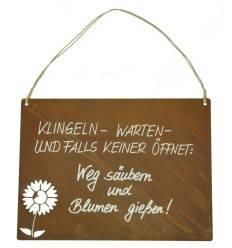 Rostschild mit Beschriftung Klingel warten Blumen gießen und Weg säubern  rostig Rostdeko Wanddeko