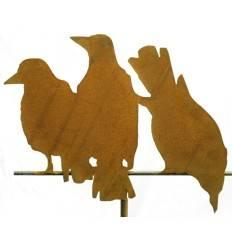 Edelrost-Gartendeko Raben 3er Gruppe auf Stange. Gesamtbild aller Varianten. Gartenstecker zum Stellen oder Hängen