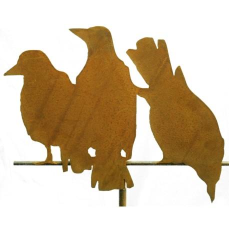 Edelrost-Raben 3er Gruppe auf Stange Variante 2, Höhe 37 cm, Breite 46 cm, auf Stange 50 cm lang