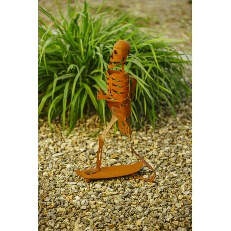 Halloween Skelett Skateboarder - gruselige Skelettdeko -  Höhe 69 cm