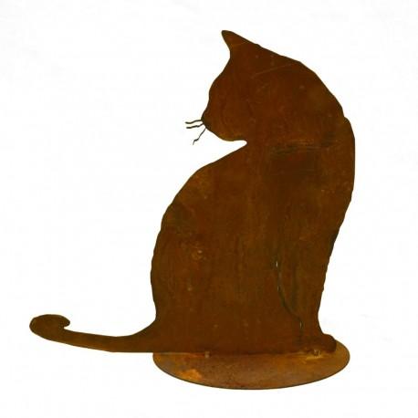 Rostige Katze Tom sitzend