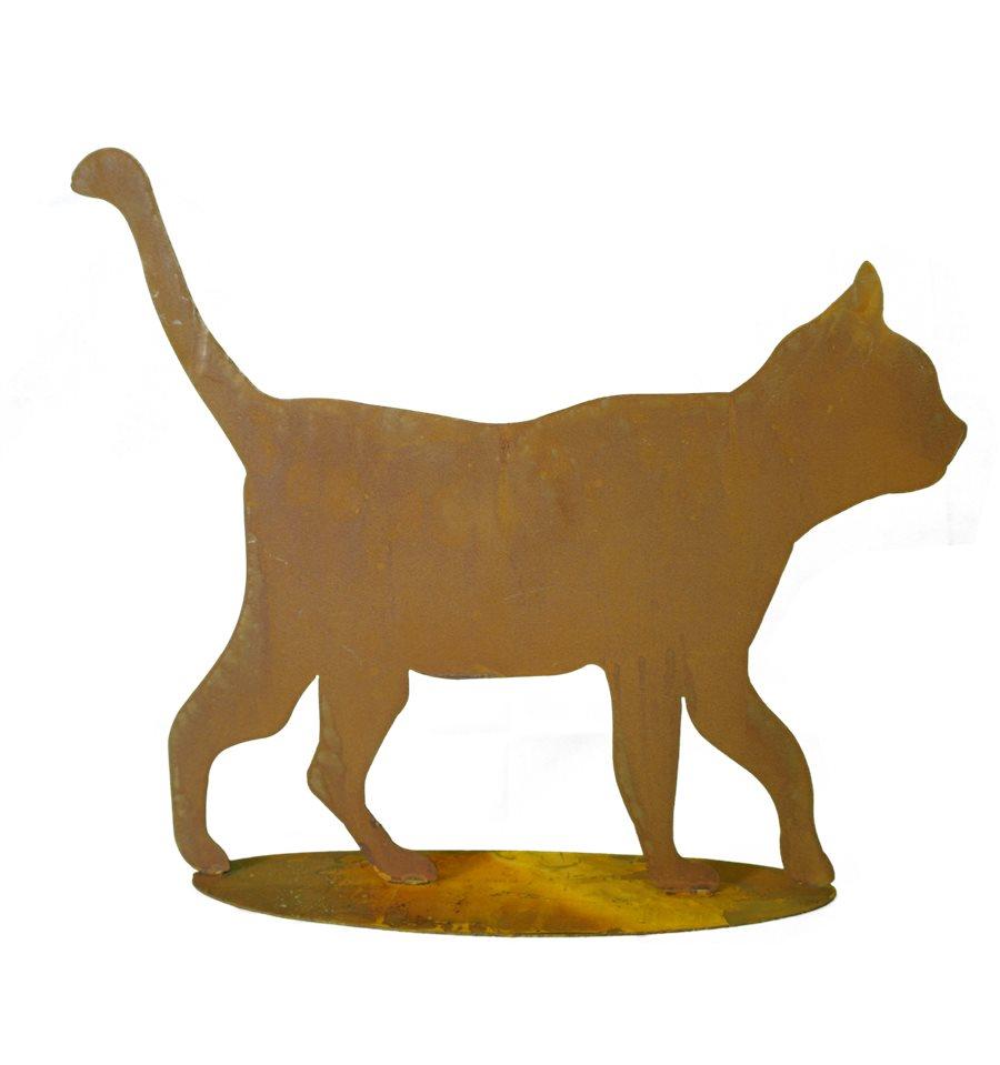 schöne rostige Gartendekoidee: gehende Katze