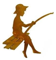 Mini Angler - Finn - 15 cm auf Steg sitzend als Kantenhocker -Rost Angler Gartenfigur