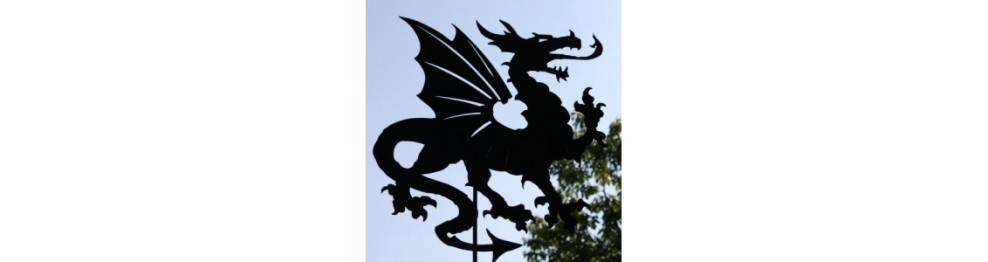 Stab Hexen Rost Edelrost Metall Junge Hexe fliegend Gartenstecker 60 x 43cm